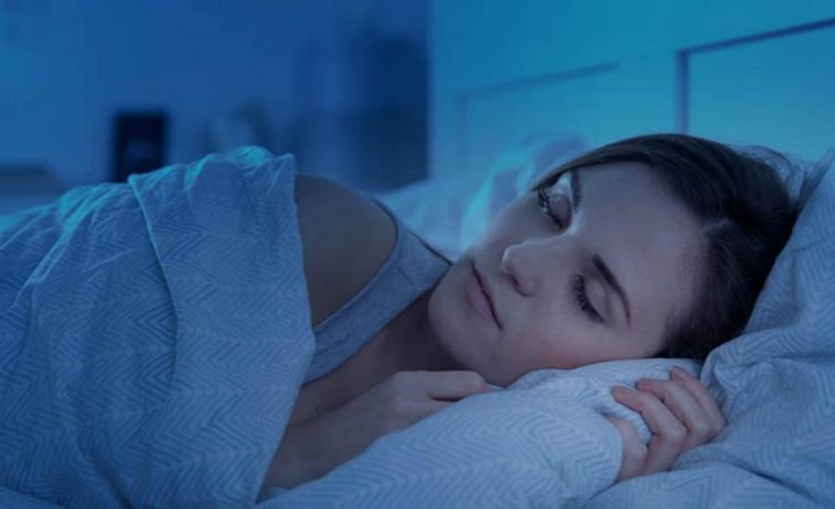 Uykuda terleme neden olur kanser belirtilerinden biri!