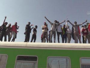 HARTUM – Sudan'da sivil yönetim talebiyle binlerce kişi sokaklara indi (2)
