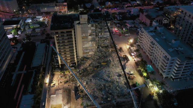 Kısmen çöken 13 katlı binada arama kurtarma çalışmaları devam ediyor