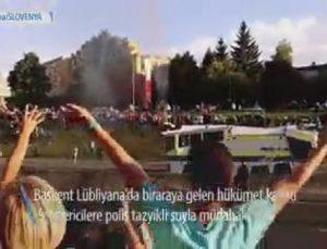 Slovenya'da Protestoculara Polis Müdahalesi