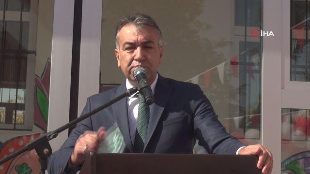 Ahlat'ta yapımı tamamlanan Saadet Ayber Özel Eğitim Uygulama Okulu törenle eğitim-öğretime açıldı