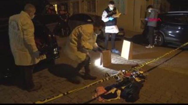 AVCILAR'DA POLİSE ATEŞ EDİLEN OTOMOBİLE DETAYLI İNCELEME