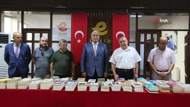 Aydın Yeni Kuşak Köy Enstitülüler Derneği'nden, Efeler Belediyesi'ne kitap bağışı
