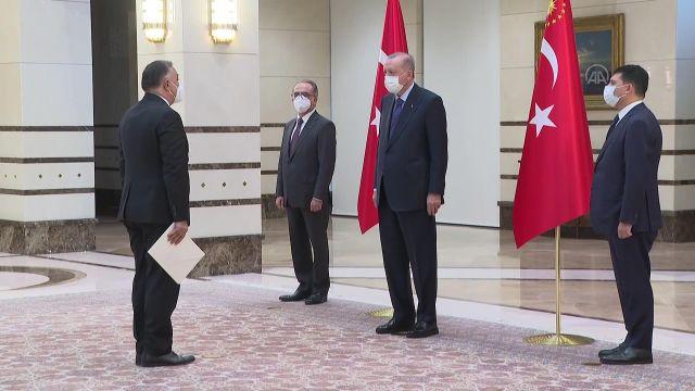 Azerbaycan'ın Ankara Büyükelçisi Mammadov, Cumhurbaşkanı Erdoğan'a güven mektubu sundu