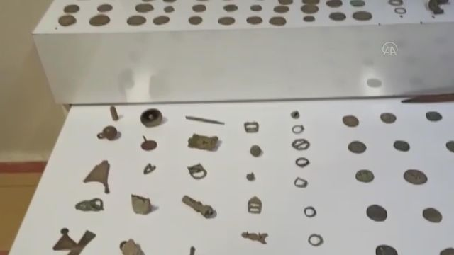 ERZİNCAN – Minibüste 543 tarihi eser ele geçirildi