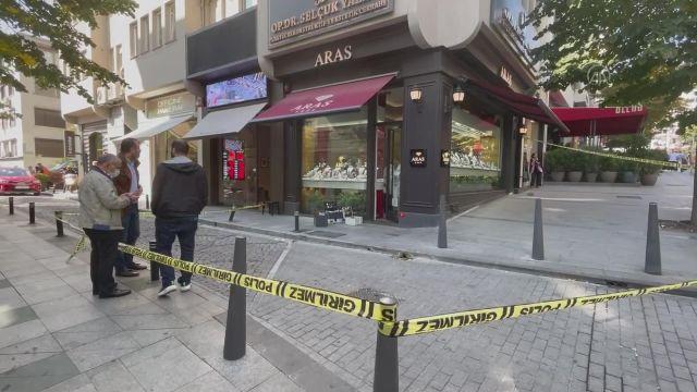 İSTANBUL – Şişli'de mücevherat dükkanında silahlı soygun