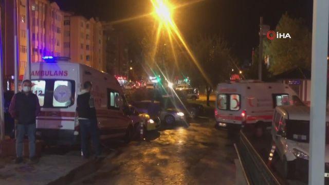 """Kastamonu Valisi Çakır'dan 12 polis memurunun yaralandığı kazayla ilgili açıklama: """"Çok şükür yaralılarımızın hayati tehlikesi yok"""""""