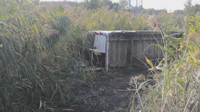 KIRKLARELİ – Diyaliz hastalarını taşıyan minibüs devrildi, 7 kişi yaralandı