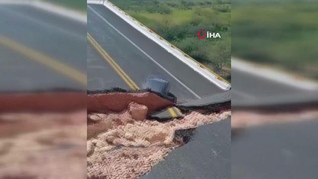– Meksika'da otoyol köprüsü çöktü: 1 ölü, 4 yaralı