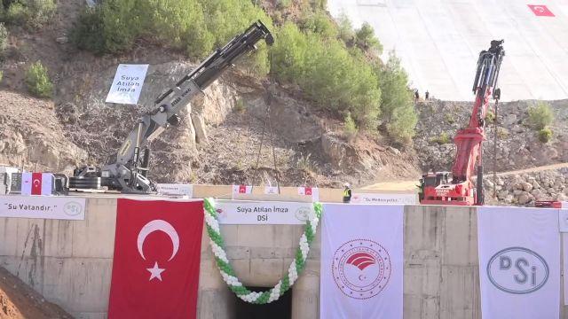 MERSİN – Bakan Pakdemirli, Mersin'de Pamukluk Barajı Su Tutma Programı'na katıldı: