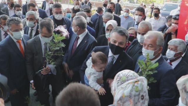MERSİN – Pakdemirli, IPARD II 10. Başvuru Çağrı Dönemi Temsili Çek Töreni'ne katıldı