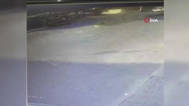 Motosiklet kazası kameralara yansıdı
