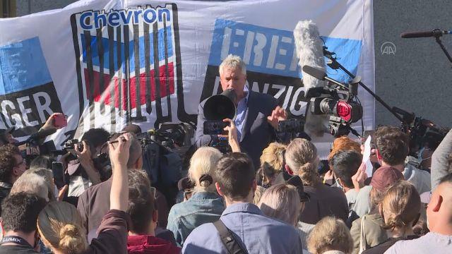 NEW YORK – ABD'li enerji şirketi Chevron'un, avukat Steven Donziger'e karşı açtığı dava protesto edildi