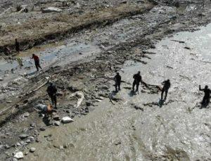 Selde kaybolanları arama çalışmaları Gürcistan'a kadar genişletildi