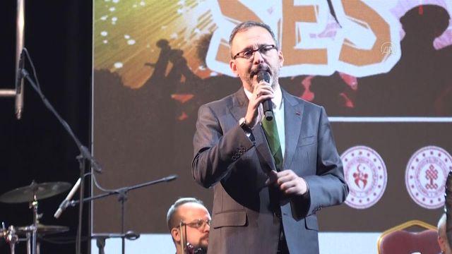 """ŞIRNAK – Bakan Kasapoğlu, """"Kültür Şöleni ve Ses Yarışması"""" finaline katıldı (1)"""